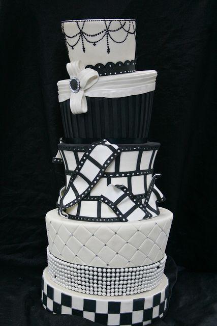 Hollywood Themed Wedding Cake