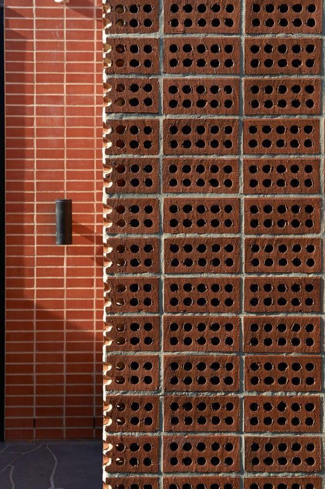 #Bricks #ThreePartsHouse #ArchitectsEAT