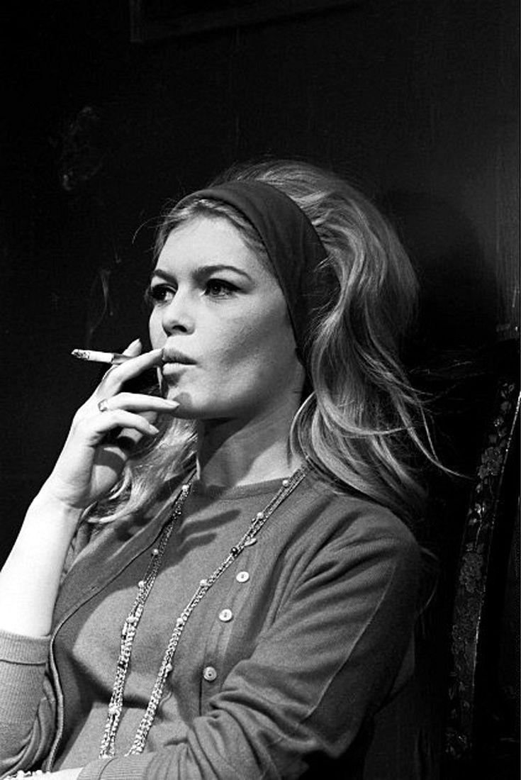 In france smoking still has that certain je ne sais quoi for Brigitte camus