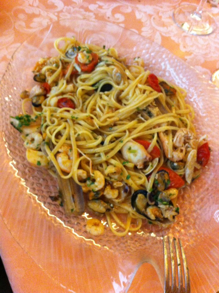 "Linguine ""allo scoglio"". I like it !!"