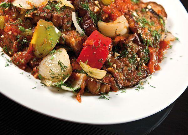 Баклажаны с овощами / Едальня