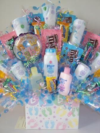 Ancheta para baby shower con productos y pañales para bebé. #RegslosBabyShower