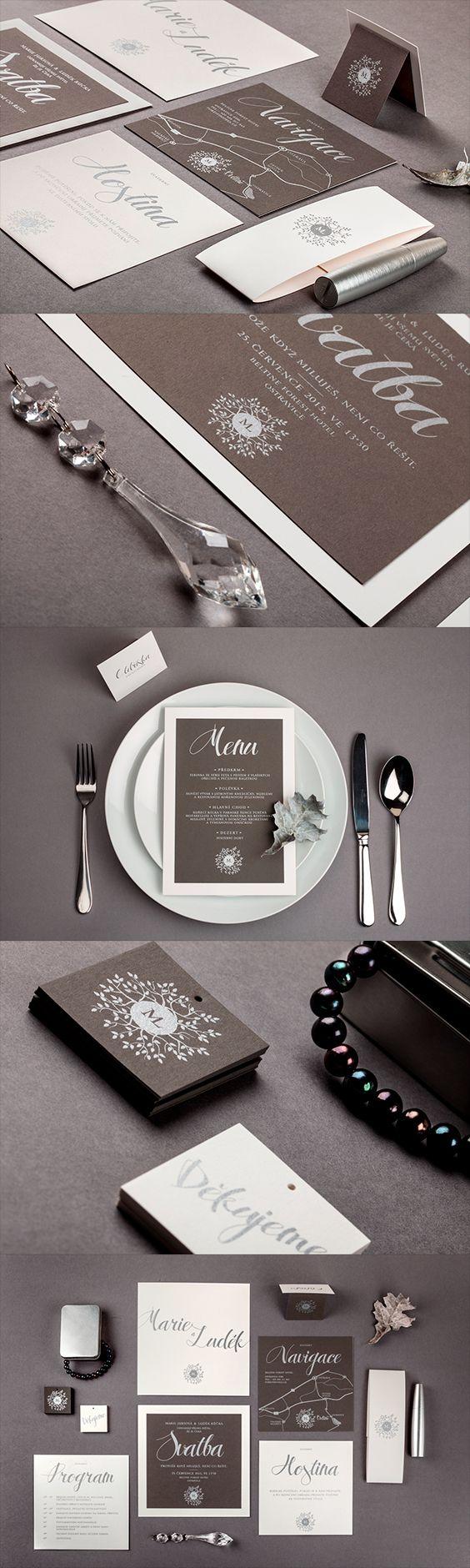 Elegant wedding invitation in warm gray and silver / Elegantní svatební oznámení, jmenovky, navigace a menu v šedé a stříbrné
