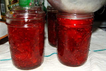 Raspberry Jelly Rings Recipe