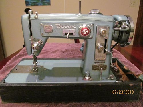 Vintage Teal Brother Zig Zag Sewing Machine ebay bid 40 july 40 40 Beauteous Brother Zig Zag Sewing Machine