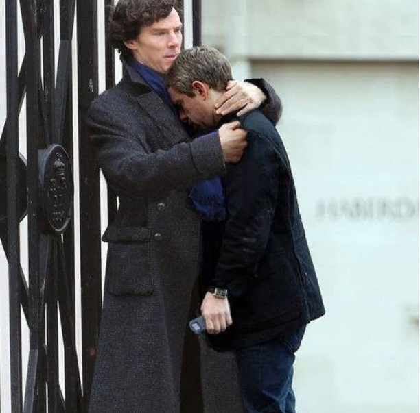 after filming sherlocks death martin freeman was so upset