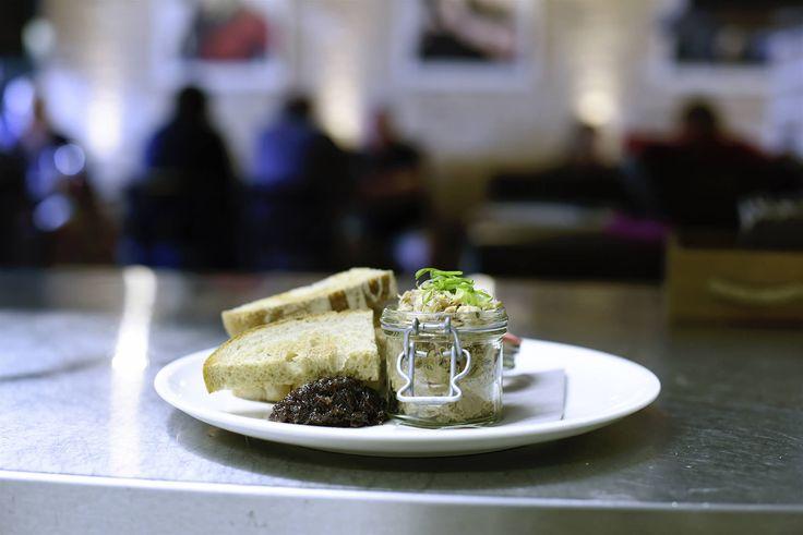 Restaurace s pivovarem Na Lochkově | Bulldog's kitchen  Více na http://www.bulldogskitchen.cz/    #nalochkove #pivovar #restaurace #pivnice #pivo #ceskepivo #minipivovar #pivovar #beer #czechbeer #pivnihody #meat #recipes #food #meal #restaurant #dinner #bulldogskitchen #bulldogskitchencz #cesko #frenchie #foodie #maso #czechfoodie #czechfoodies #praguefoodie #foodblog #foodbloger #czechfoodblog #ribs #bbq #brewery #microbrewery #brasserie #beerhouse