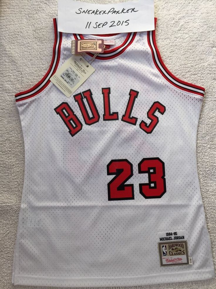 newest 4fcb1 9743d discount mitchell and ness chicago bulls 23 michael jordan ...