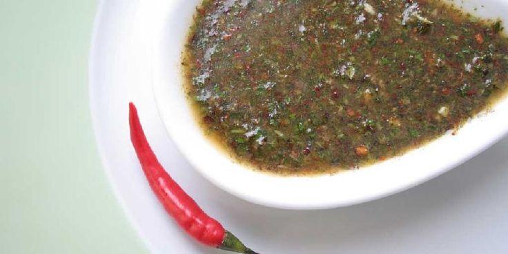Myntepesto - Server til pasta med nyrevet parmesan over, eller f.eks. til lammekoteletter.