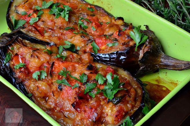 immam bayildi, vinete umplute cu legume, o reteta vegetariana din bucataria turca