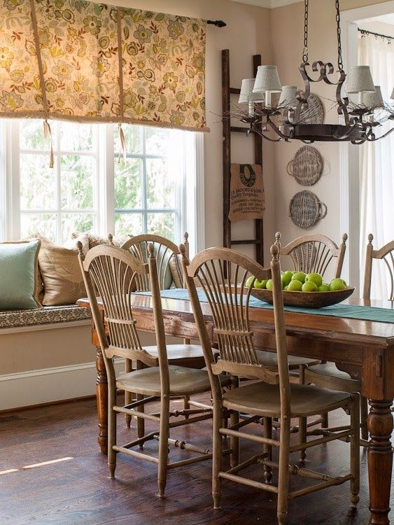 <3Love the window treatment with the pale dining table/chairs.
