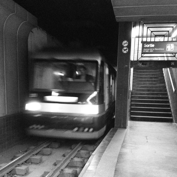 Tram Tram quotidien ! [Station TramWay Clémenceau-Hippodrome Marcq-en-Baroeuil 31/10/2014 8h08]