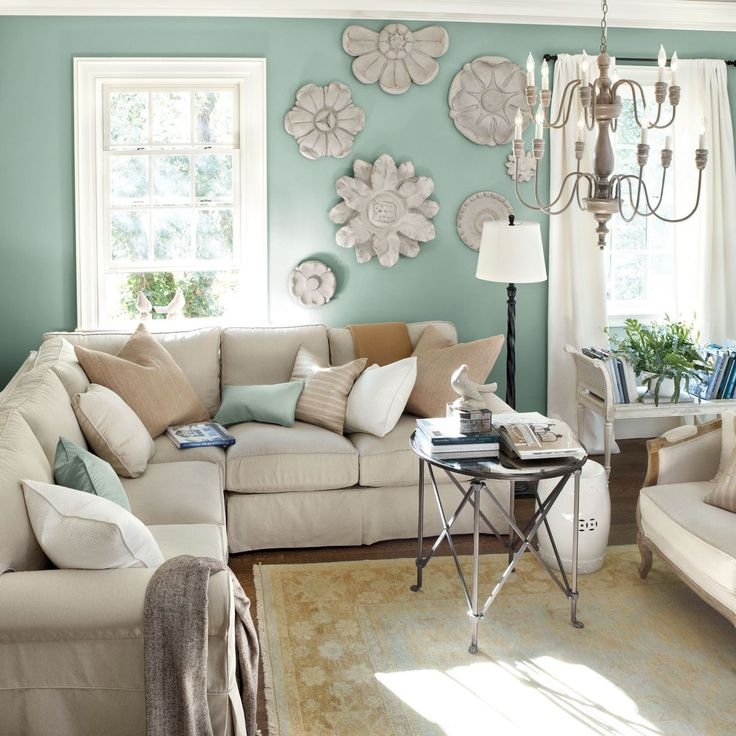 Best 25 family room sectional ideas on pinterest for Green and beige living room ideas