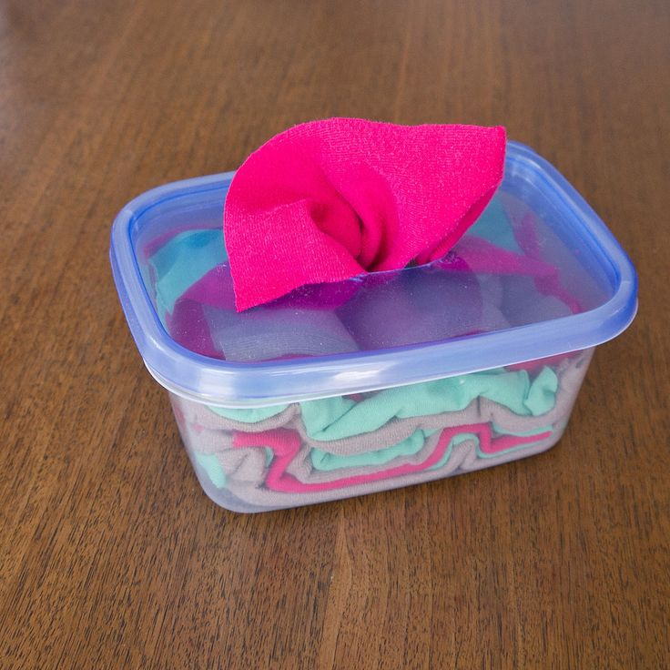 Put old shirts to good use and #DIY these cleaning wipes! http://popsu.gr/35348518