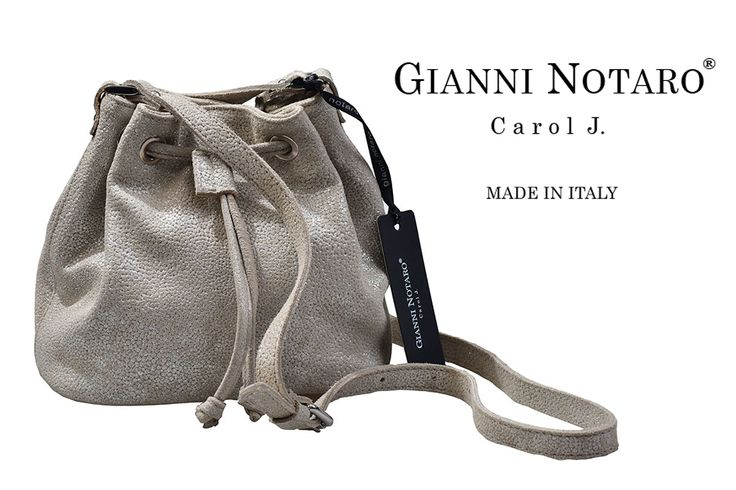 Yours texturized bag, is more than special... is Gianni Notaro. You can discover more designs in Galleria Di Scarpe.