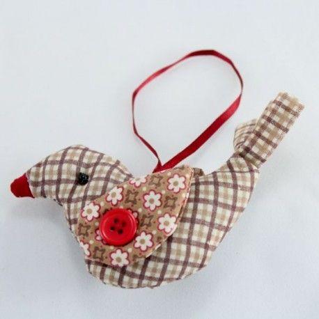 Dekorační textilní ptáček - nádherně kombinované kostičky s puntíky. 13 cm 33 Kč