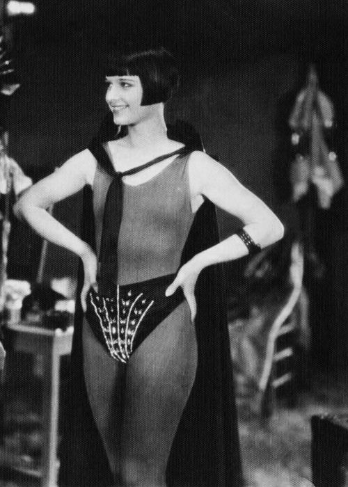 """Louise Brooks in A Girl In Every Port (1928) """