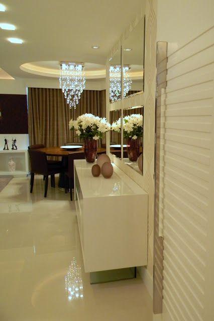 Este apartamento de 3 quartos na orla de Itapaparica foi decorado para dar as boas vindas a um casal de reçém-casados.     HALL DE E...