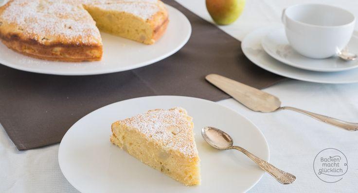 Mit fruchtigem Birnenkuchen liegt man im Herbst immer richtig! Weil in diesem Birnenkuchen-Rezept Quark steckt, wird der Teig extrem saftig und lecker.