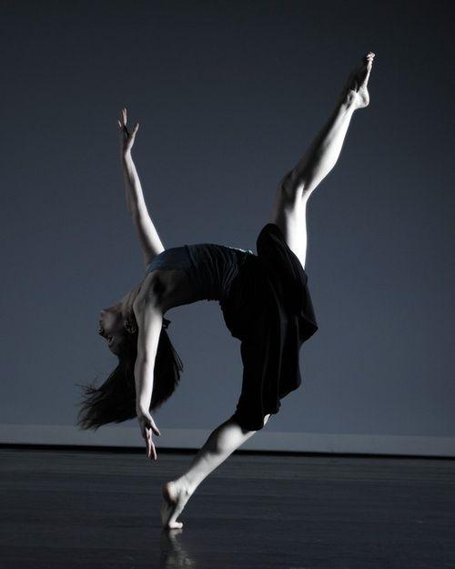 Gotta Dance, Contemporary Dance, Barefoot Ballet, Dance Gymnastics, Beautiful, Movement, Ballet Dance, Modern Dance, Dance Ballet