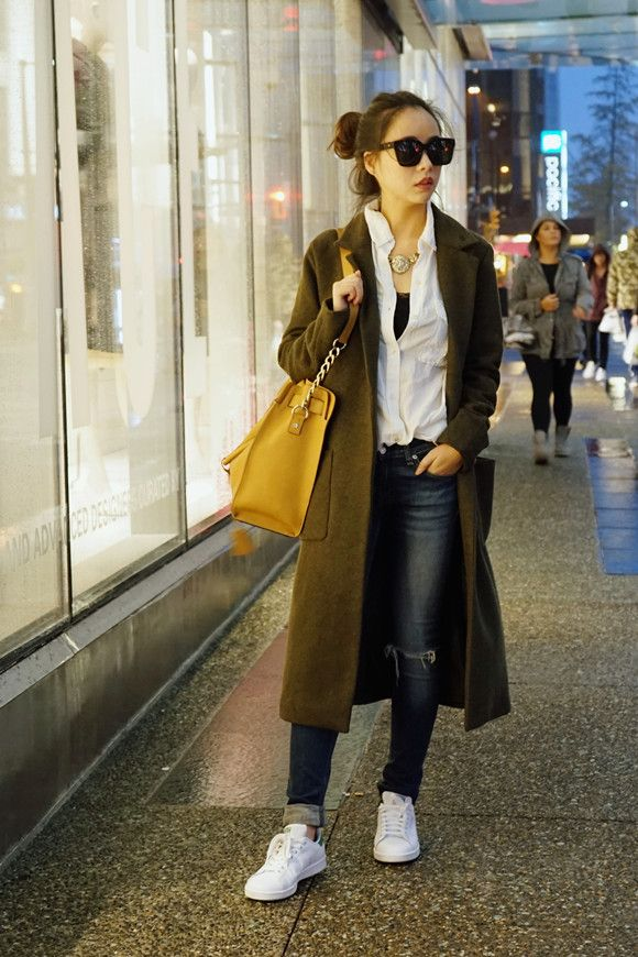 Pulling off your #TrenchCoat Look in 3 mins. Check out http://shellure.com/?p=15504