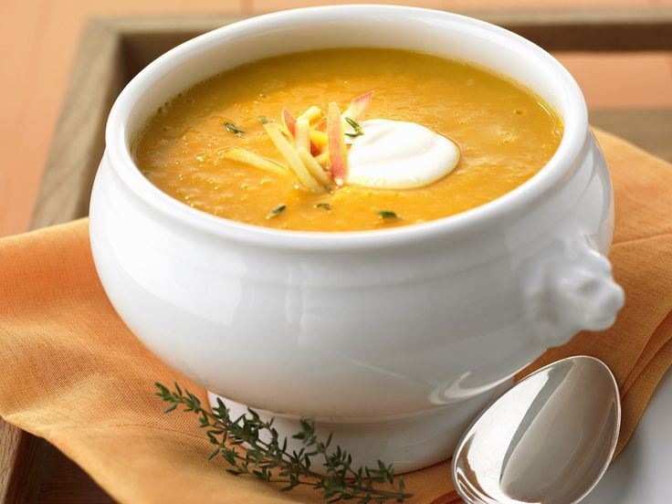 Low-Carb Curry-Apfel-Suppe | http://eatsmarter.de/rezepte/curry-apfel-suppe-0