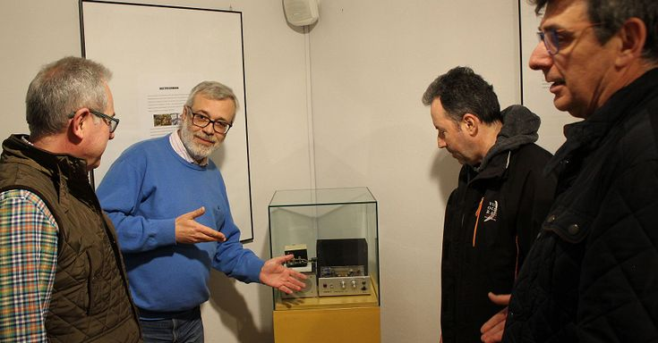 MOTRIL. Esta muestra, un homenaje a la historia de la Radio en Banda Ciudadana, y que recoge aparatos, información, elementos publicitarios e imágenes de usuarios,estará abierta