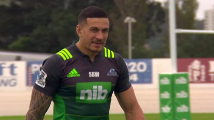 Video: Sonny Bill Williams sports Blues top without BNZ logo at training