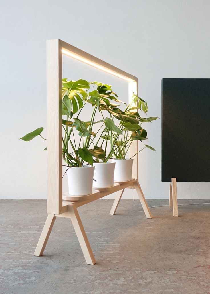 johan kauppi lanciert auf der stockholm furniture fair 2018 einen beleuchteten topfpflanzenrahmen