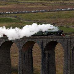 Flying Scotsman crosses the Ribblehead Viaduct