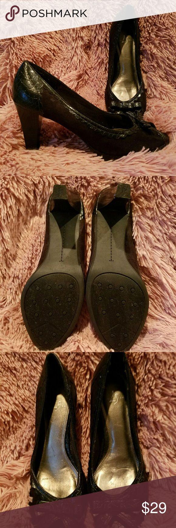PRICE DROP!!  Peep toe pumps Black peep toe pumps.  Excellent condition. Life Stride Shoes Heels