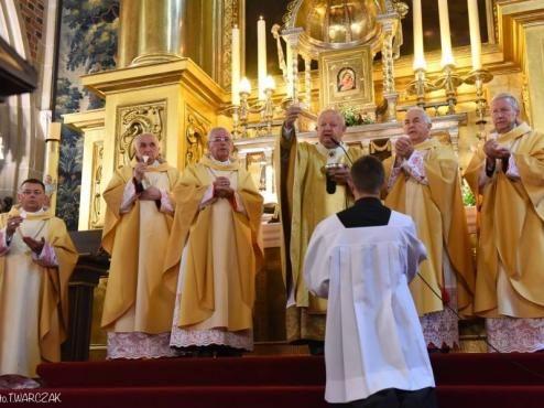 Pastor Bem do polskich biskupów: Co powiecie Bogu, gdy was zapyta o Syrię? | Krytyka Polityczna