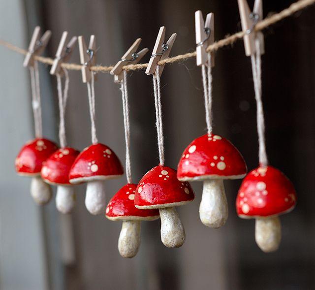 Lazar: Tiny Papier Mache mushrooms