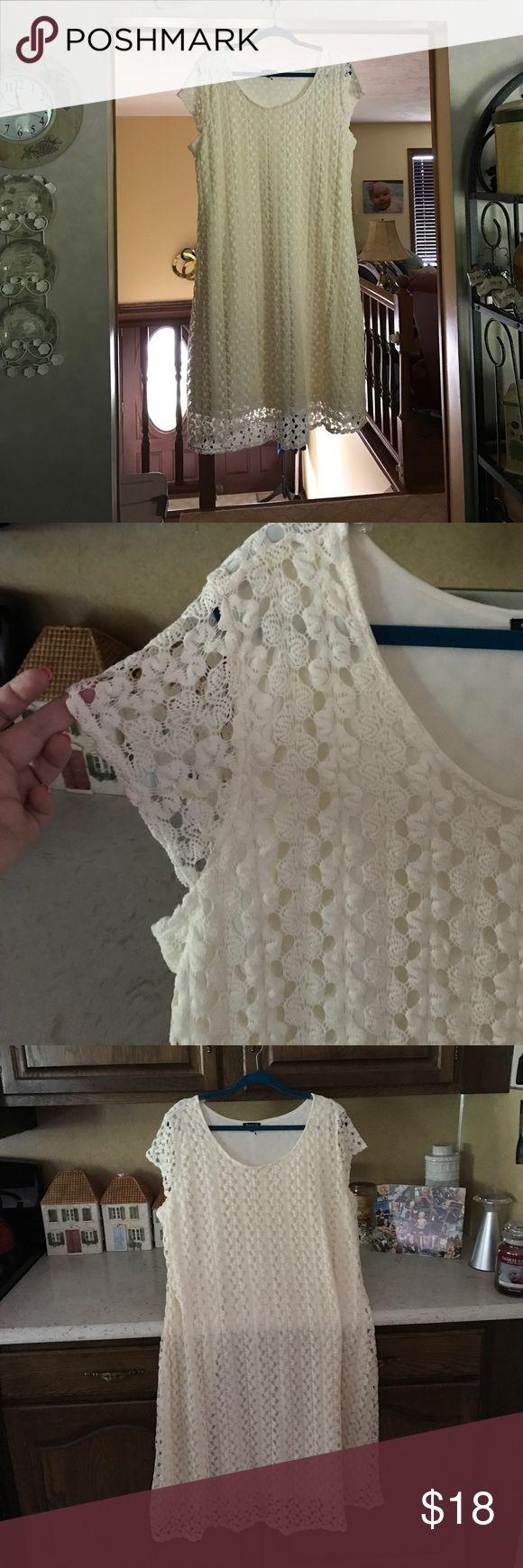 Cream Cap Sleeve Crochet Knit Dress Cream colored crochet knit cap sleeve dress - brand new (no tags) never worn Dresses Midi
