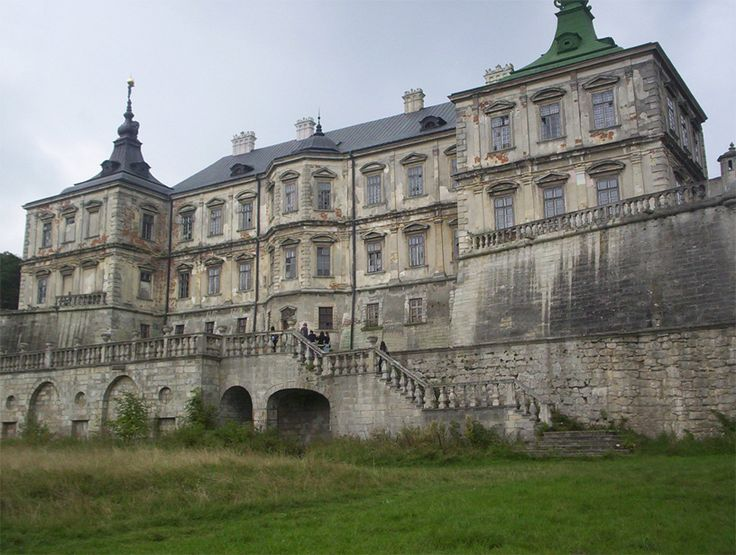 1000 Ideas About Abandoned Mansions On Pinterest