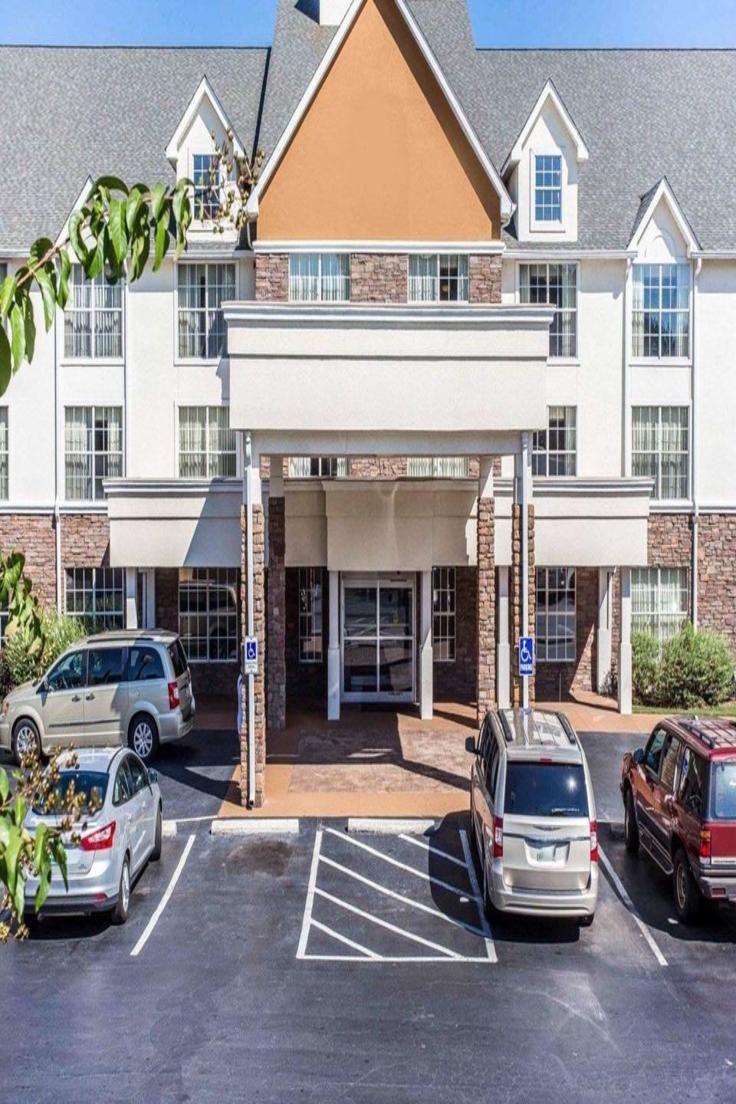 Comfort Inn Suites Ballpark Area