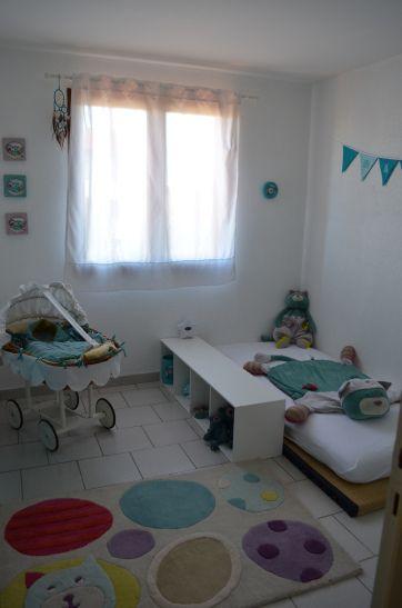 chambre manolo montessori futon tatami Moulin roty les pachats chat à roulettes folles (5)