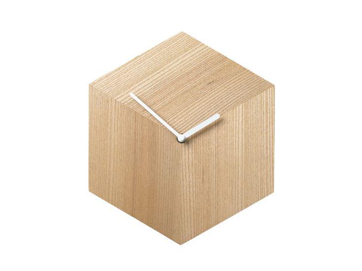 Veggklokker - Tidsriktige klokker med et personlig preg for vegg - Bolia