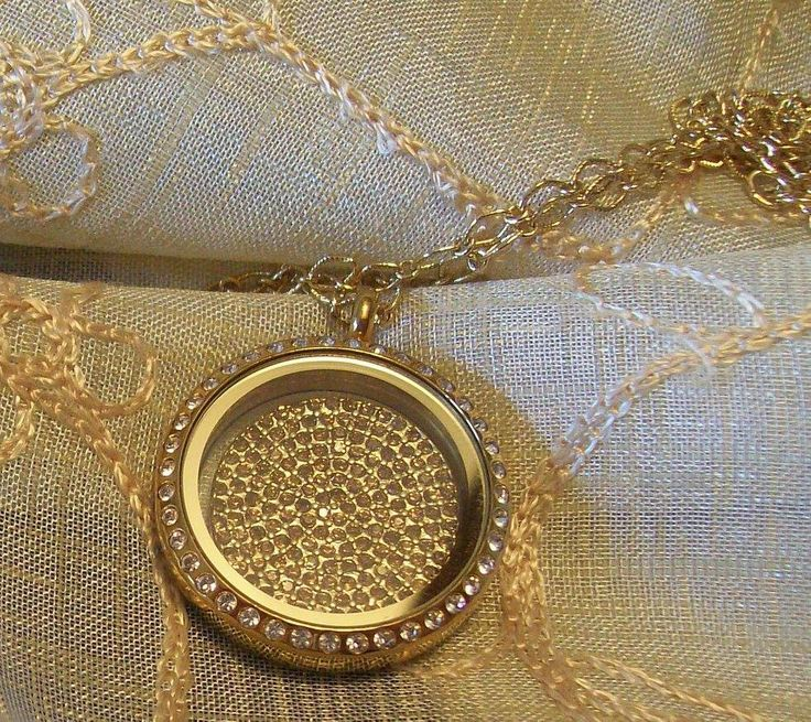 Gold Locket Crystals -  South Hill  www.southhilldesigns.com/beautifulcustomlockets