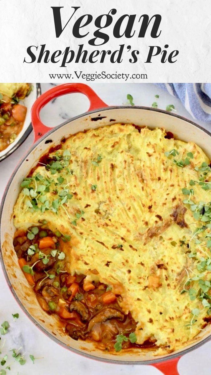 Vegan Shepherd S Pie With Mushroom Red Wine Gravy And Mashed Potatoes Vegan Plantbased Dairyfree Bestrecip In 2020 Vegane Abendessen Rezepte Leckere Vegane Rezepte