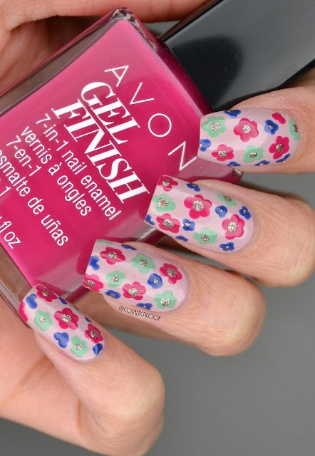 Check out blogger, Cosmetic Proof's flower manicure using Avon Gel Finish Nail Enamels!