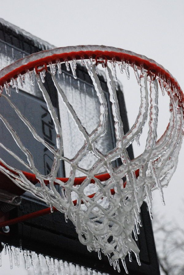 basketball hoop w/icicles - WI ballers don't care, they'll play in any weather!