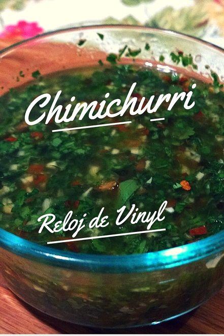 Está comprobado, hay algo muy importante que reconocerle a los Argentinos, la combinación de un buen corte de carne con chimichurri es especial.