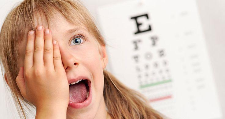 Menjaga kesehatan mata anak lebih awal adalah penting. Ini bertujuan untuk menghindari berbagai penyakit yang bisa memengaruhi mata.