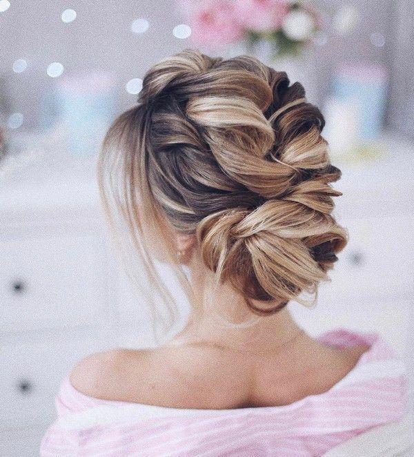 Tonya Pushkareva Long Wedding Hairstyle for Bridal via tonyastylist / http://www.himisspuff.com/long-wedding-hairstyle-ideas-from-tonya-pushkareva/2/