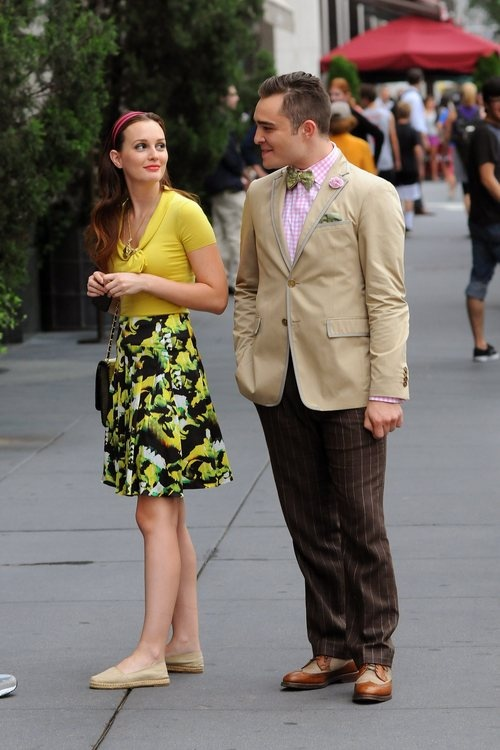 Leighton Meester, on the set of Gossip Girl, looking amazing in ICB's Brush Stroke Print Skirt.