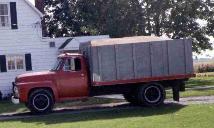 Old grain trucks subject re vintage grain truck pics - Bac a semis ...