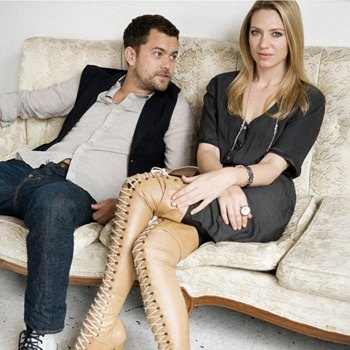 Anna Torv and Joshua Jackson - Fringe