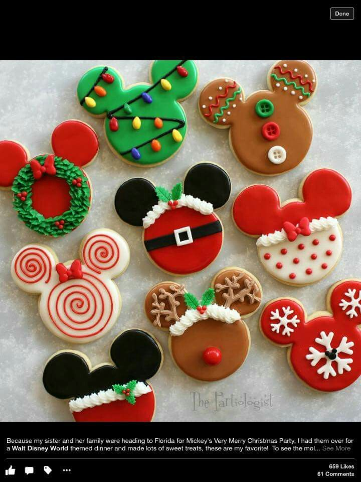 The Partiologist:  Mouse shaped Christmas cookies.  ♡♡♡♡♡