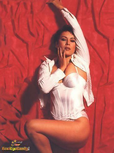 Jennifer tilly nude cum #13